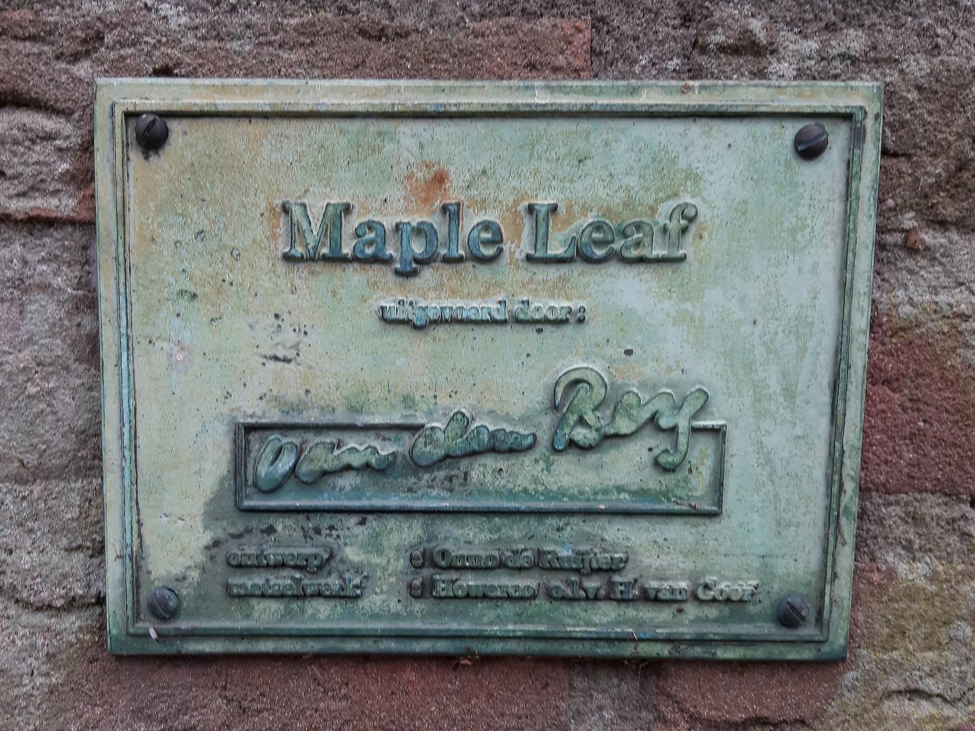 Plaquette Maple Leaf